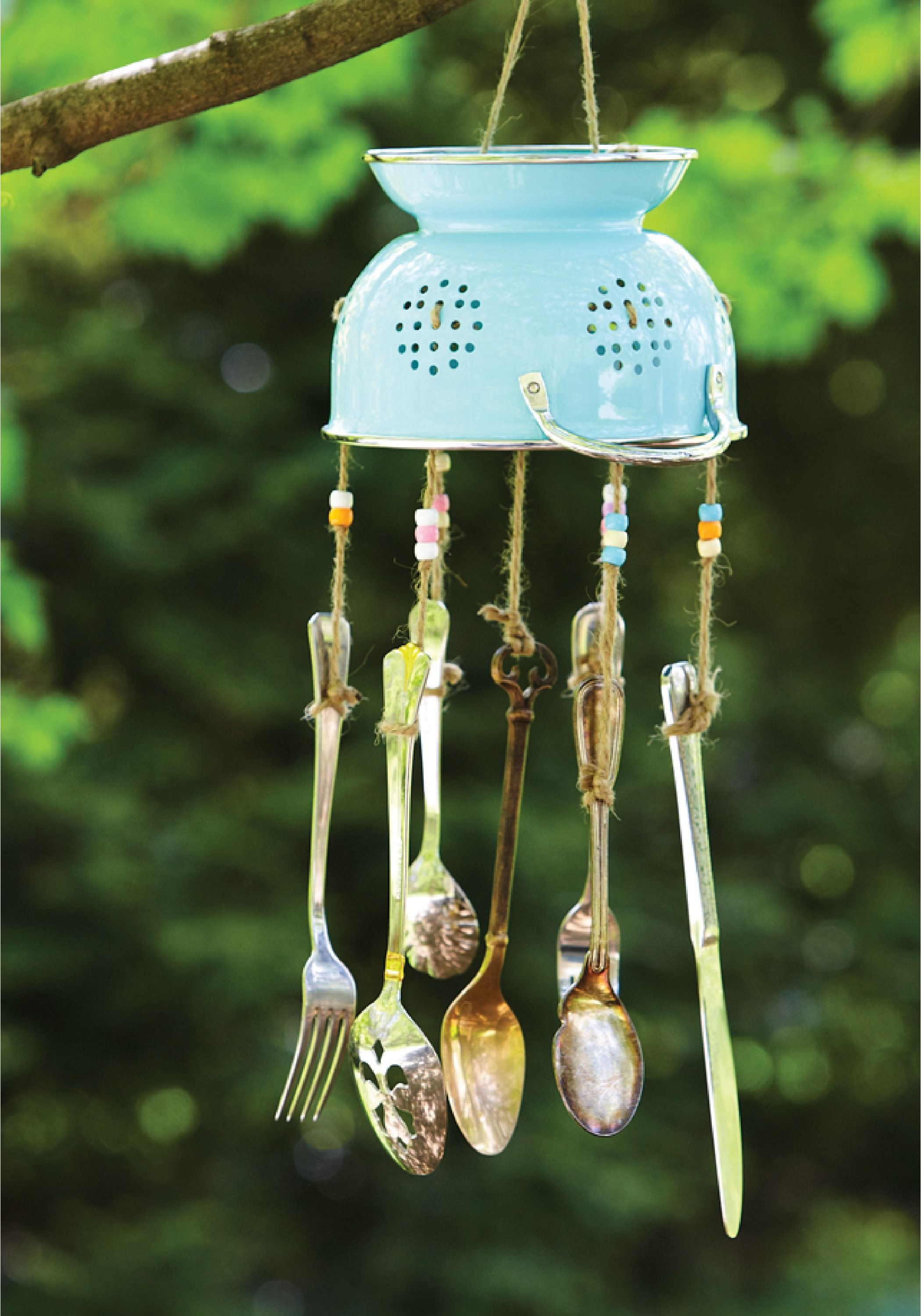 - repurposed silverware wind chime pg everyday pg everyday spoon wind chimes 1 - Rendere unico lo spazio outdoor